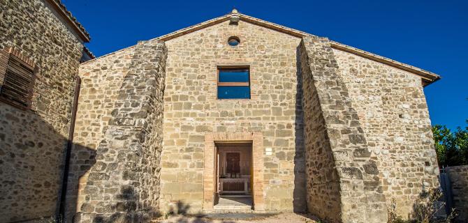collazzone-abbazia-di-san-lorenzo-facciata